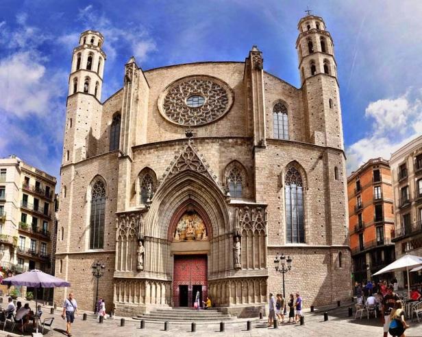 Catedral-del-Mar-pano.jpg