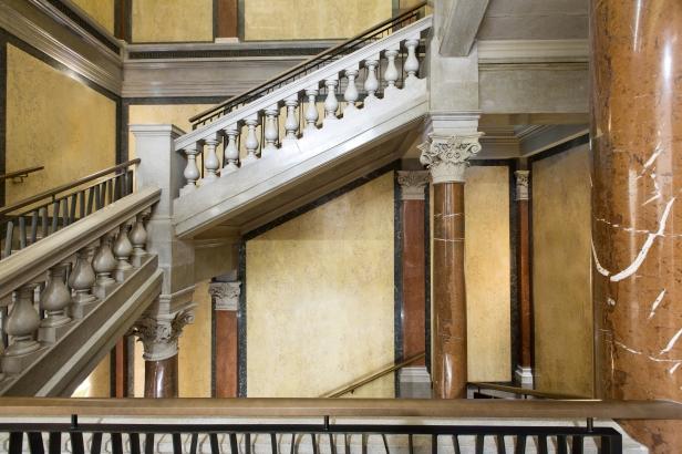 Historical Staircase_(c) Tina Herzl.jpg